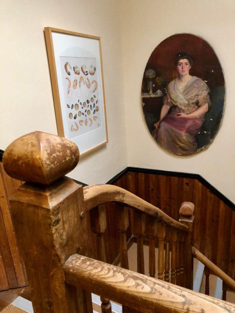 Le Crotoy hôtel Les Tourelles cage escalier