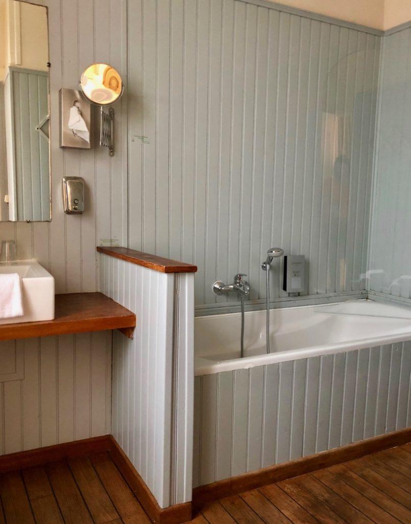 Le Crotoy hotel Les Tourelles salle de bains