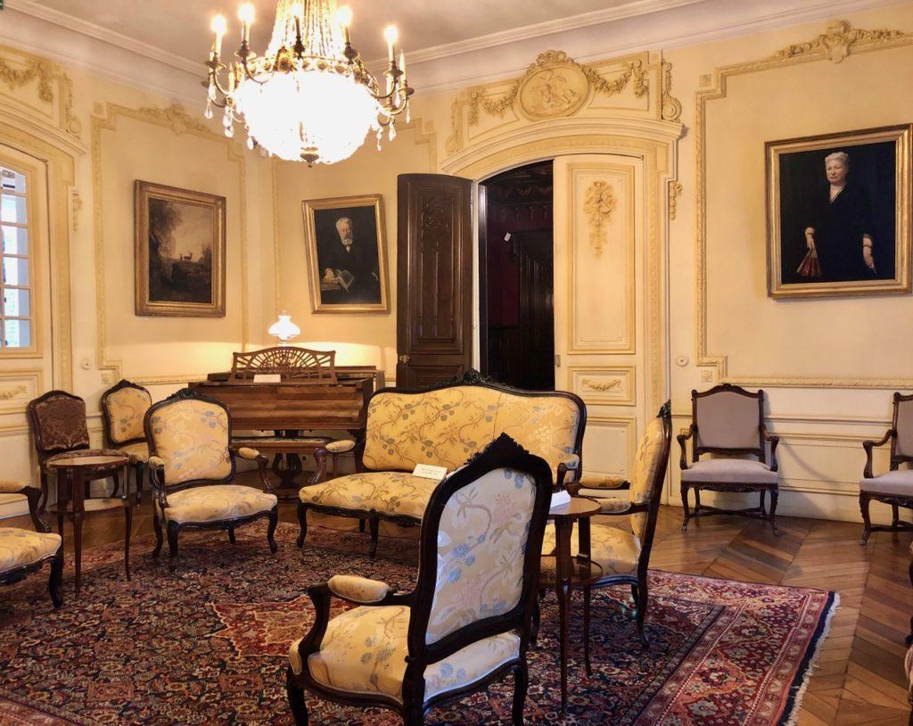 Amiens Maison Jules Verne salon musique