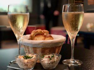 Douai La Terrasse coupes champagne