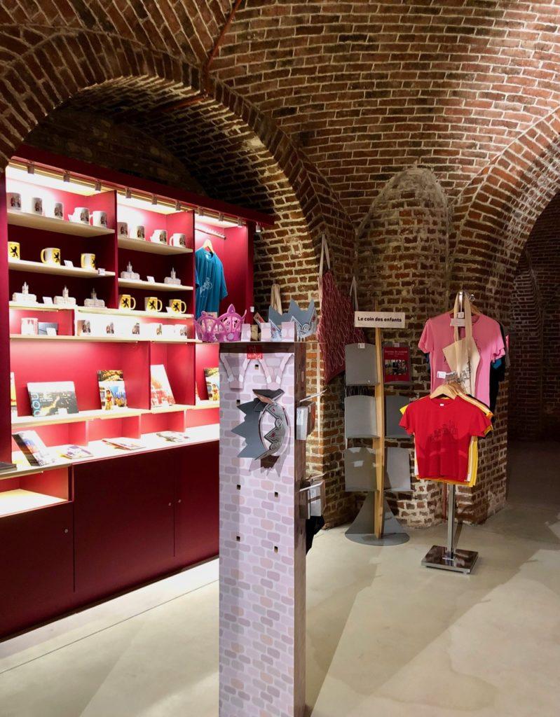 Douai beffroi accueil boutique
