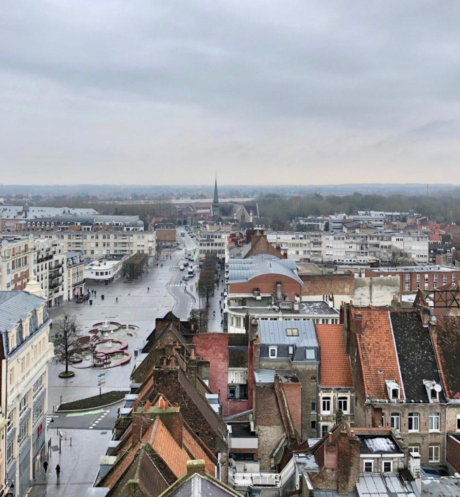 Douai beffroi place Armes vue en-haut