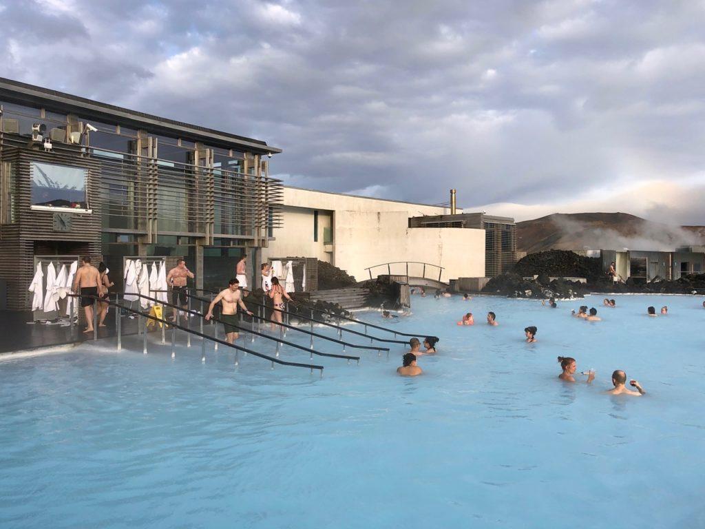 Islande Blue Lagoon vue bassin et batiments