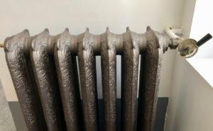 Saint-Quentin Les Nuits Pastel radiateur ancien