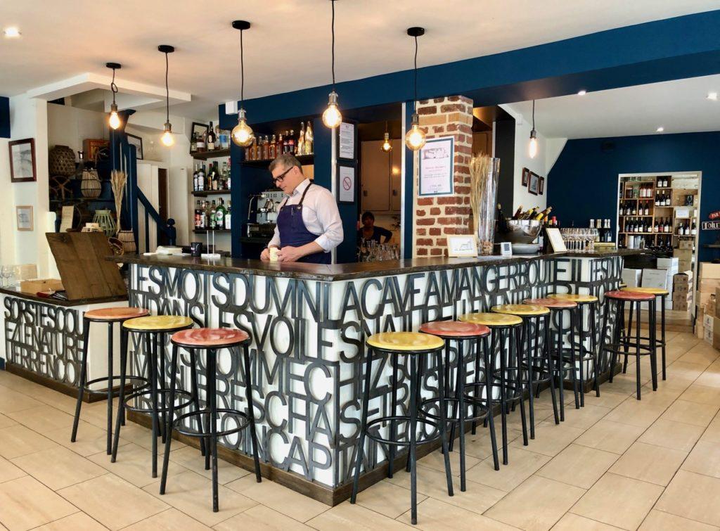 Etretat restaurant Bel Ami comptoir