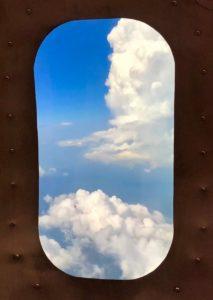 Lille restaurant Jet Lag hublot nuages