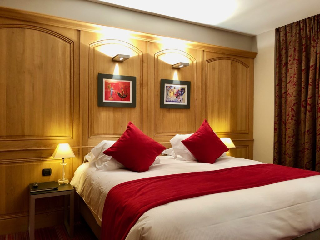 Rouen hotel Bourgtheroulde chambre