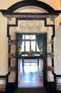 Belgique château Chimay porte marbre