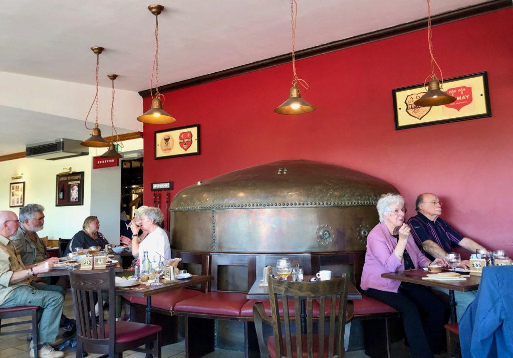 Belgique Chimay auberge Poteaupré salle
