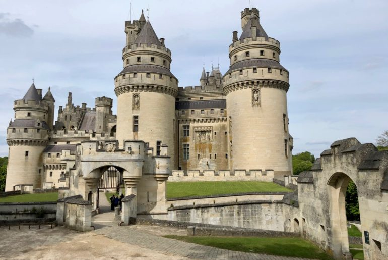 Chateau de Pierrefonds vue ensemble