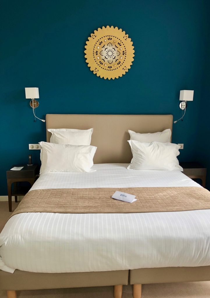 Hotel-de-la-tabletterie-Meru-chambre