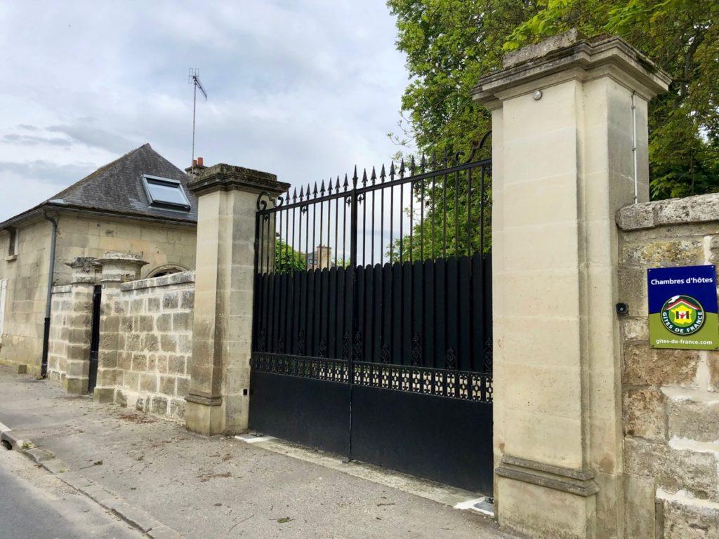 Le Baptistère Attichy portail