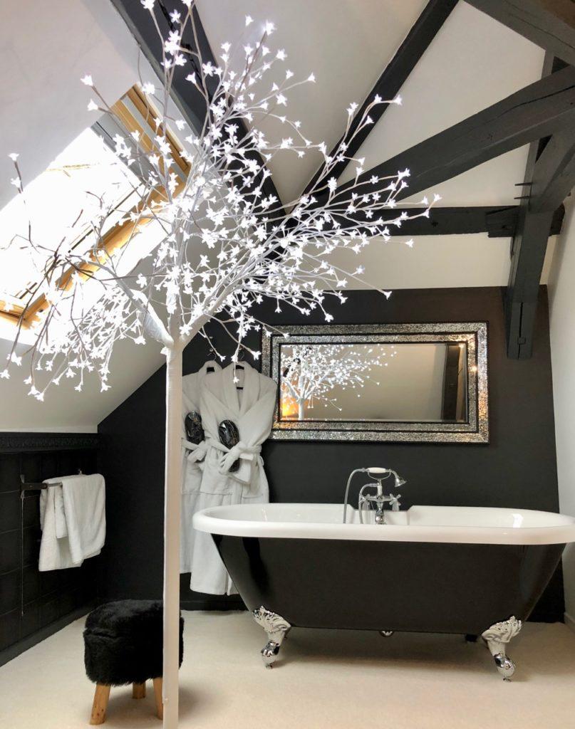 Le Baptistère Attichy salle bain