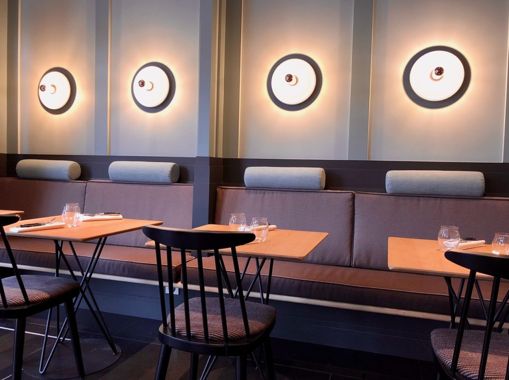 La Griotte Lille banquette et tables