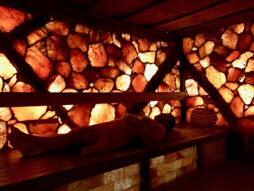 Thermes Dilbeek sauna pierres de sel