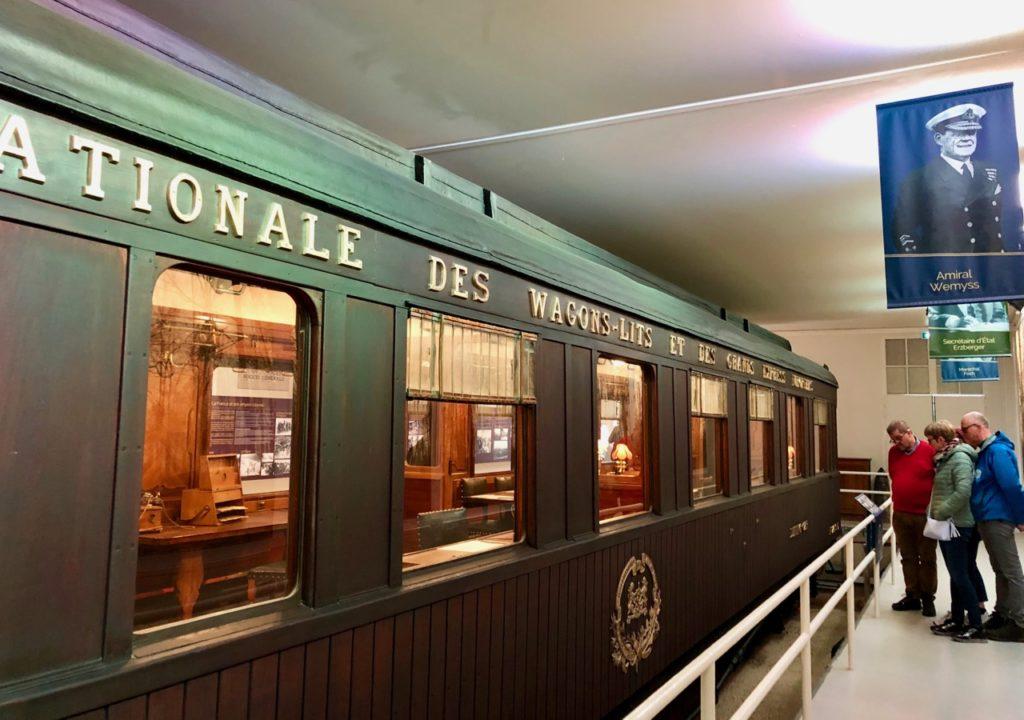 musee-memorial-armistice-wagon-avec-visiteurs