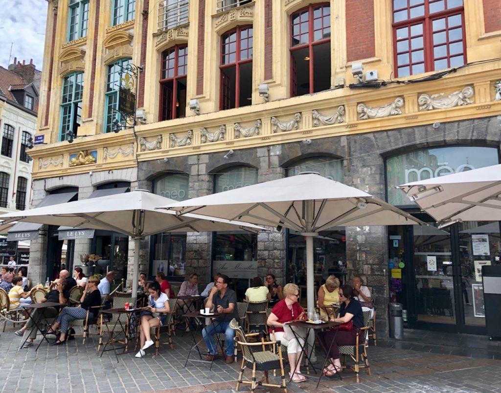 Balade-gourmande-lille-cafes meo-exterieur