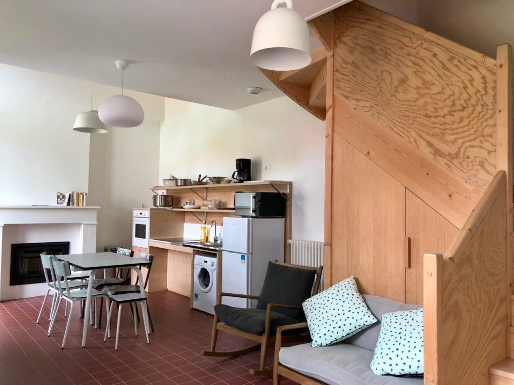 Bruay-Labuissiere-Cite-des-Electriciens-cuisine-gite-cinq-personnes