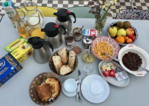 Bruay-Labuissiere-Cite-des-Electriciens-petit-dejeuner
