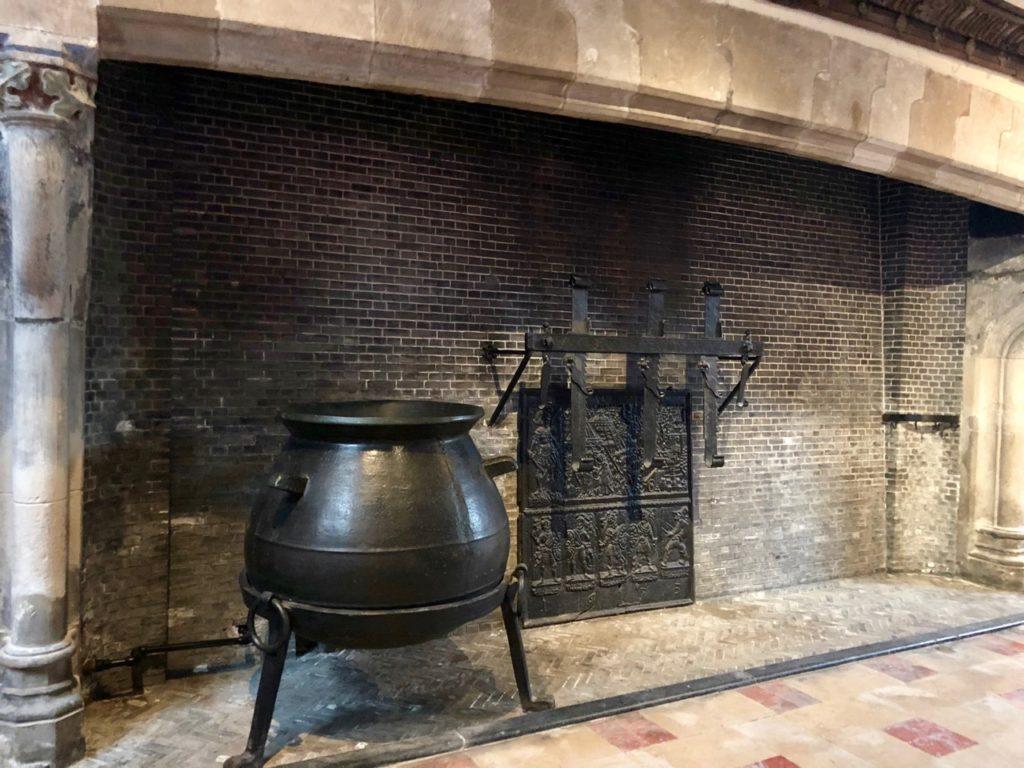 Bruges-musee-Gruuthus-cheminee-monumentale