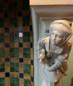 Bruges-musee-Gruuthus--personnage-cheminee