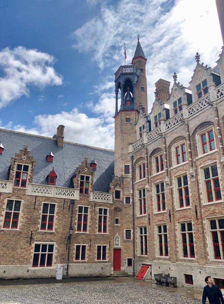 Bruges-musee-Gruuthus-vue-batiment