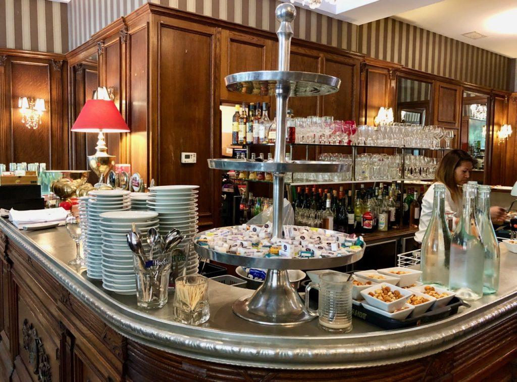 Roubaix-bonnes adresses-anne-sandrine-girolamo-grande-brasserie-imperatrice-eugenie-comptoir