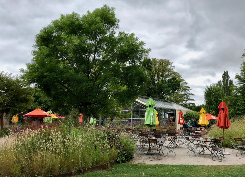 Parc-Mosaic-cafe-sous-serre