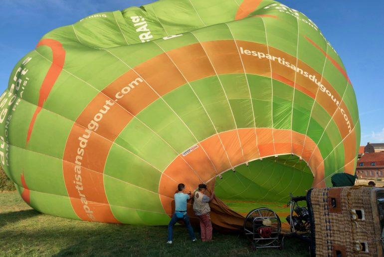 Les-Ballons-Migrateurs-gonflage-ballon-suite
