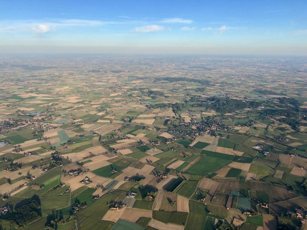 Les-Ballons-Migrateurs-paysage-vu-de-haut