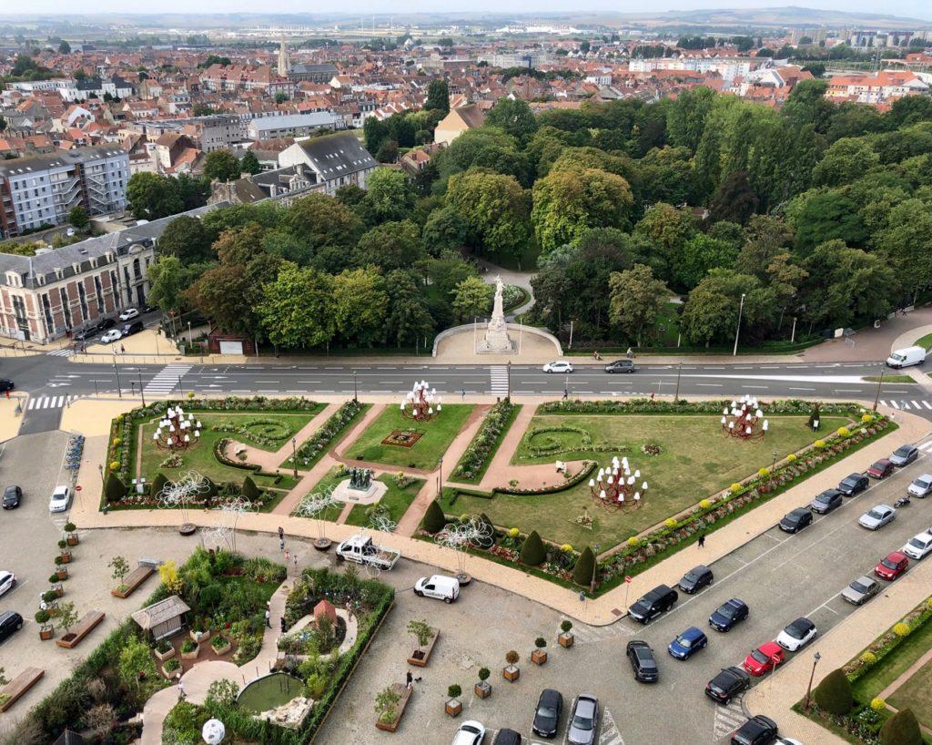 Calais-Hotel-de-ville-vue-du-haut-du-beffroi
