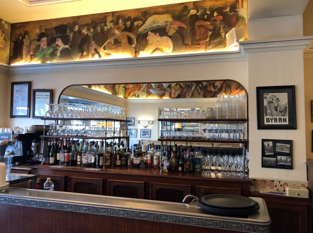 Calais-L-Histoire-Ancienne-bar