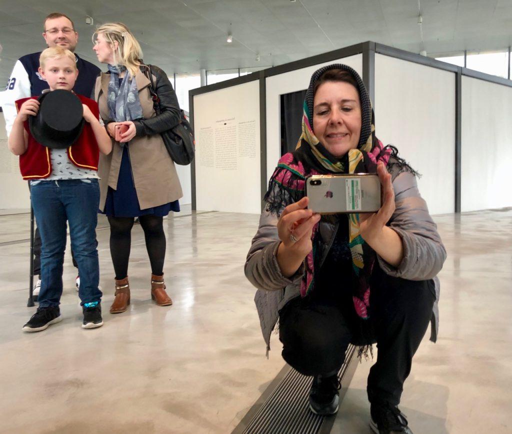 Expo-Pologne-Kasimir-Zgorecki-selfie-accessoires