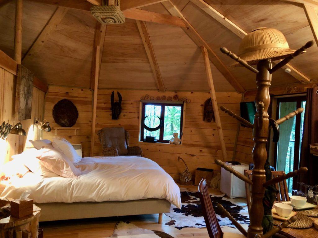 Spa-Le-Bois-Dormant-cabane-dedans