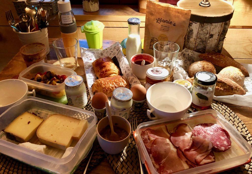Spa-Le-Bois-Dormant-petit-dejeuner