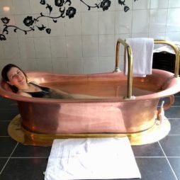Wallonie-Spa-thermes-Anne-baignoire-cuivre