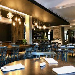 Hotel-Louvre-Lens-restaurant-Galibot-salle-vide
