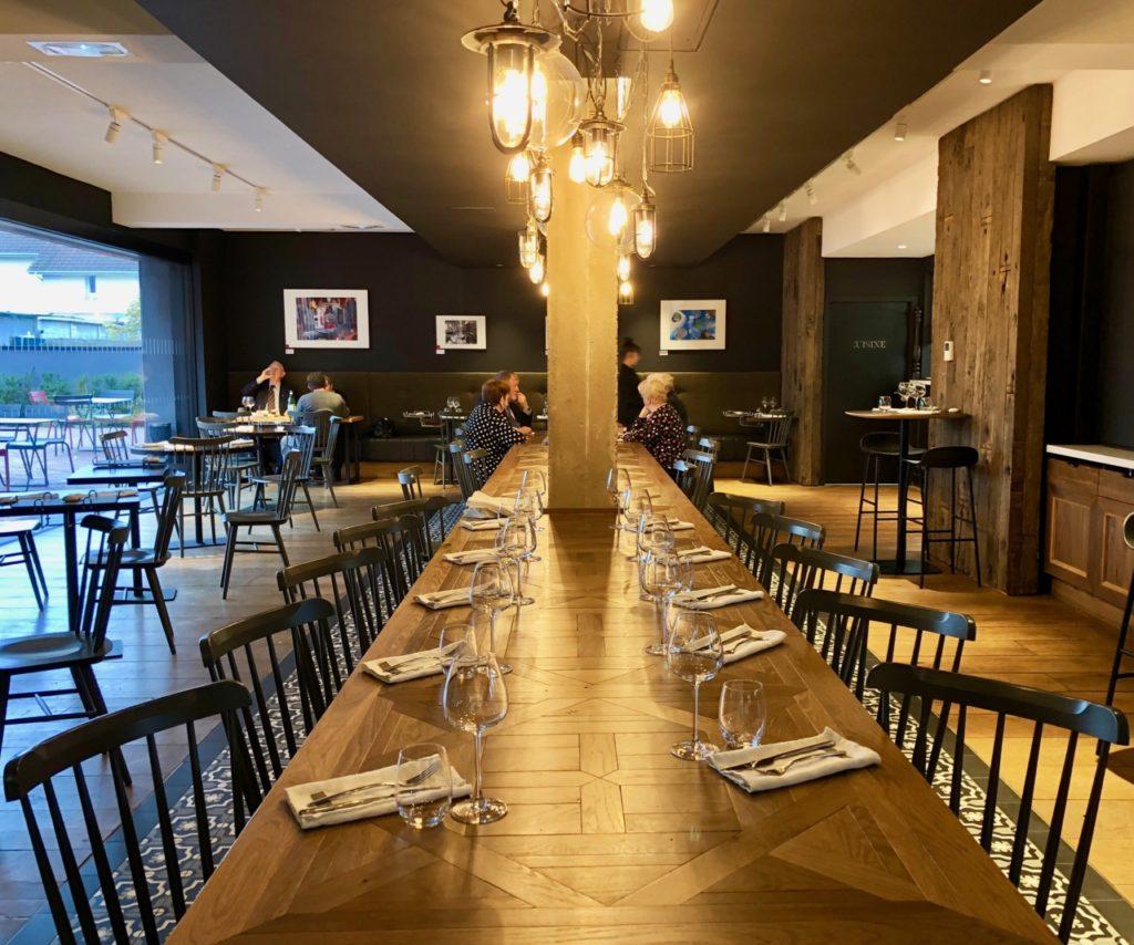 Hotel-Louvre-Lens-restaurant-Galibot-table-salle