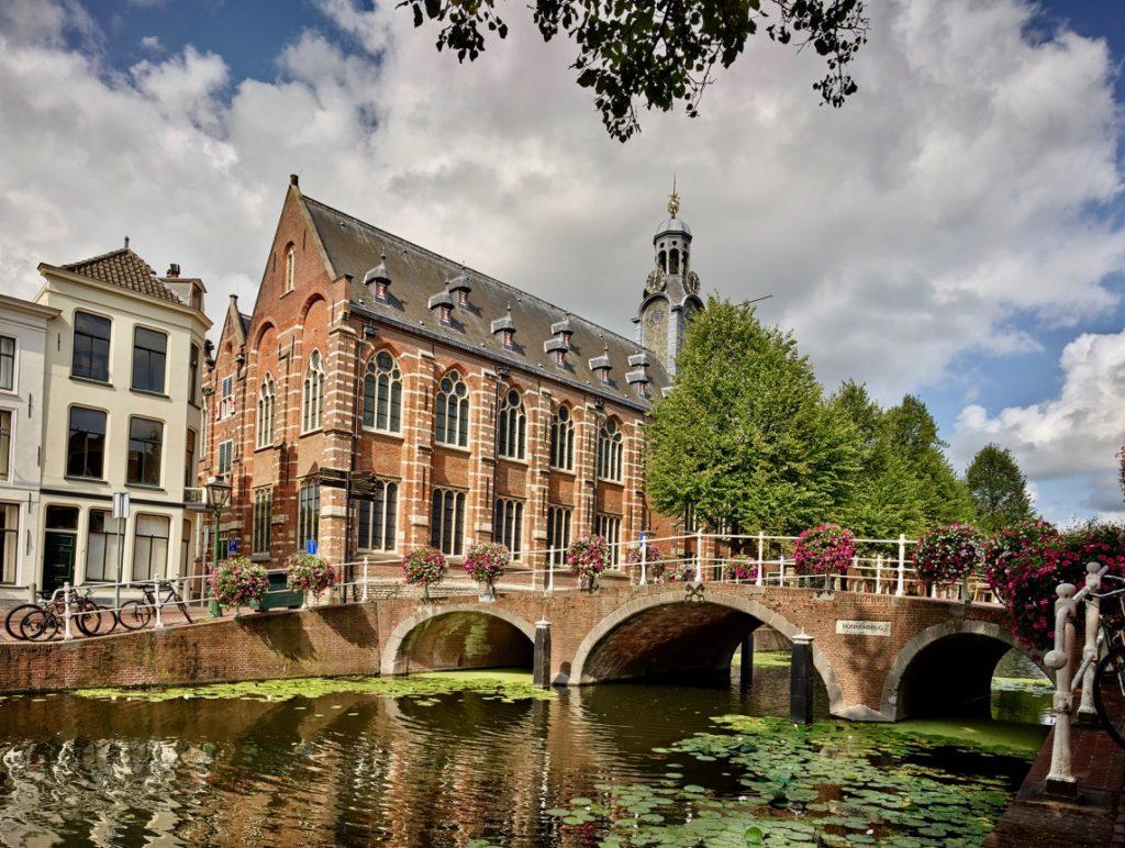 Leiden-universite-by-Kees-Hummel