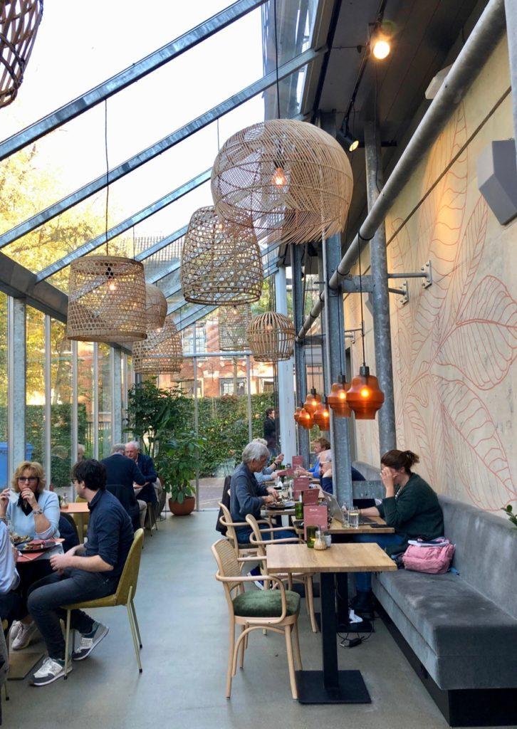 Leyde-Hortus-Botanicus-cafe