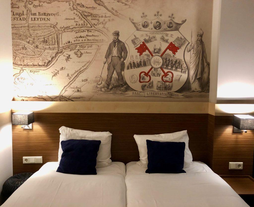 Leyde-hotel-Golden-Tulip-chambre