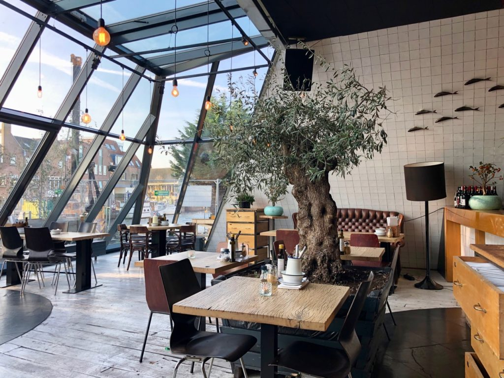 Leyde-restaurant-De-Poort-interieur
