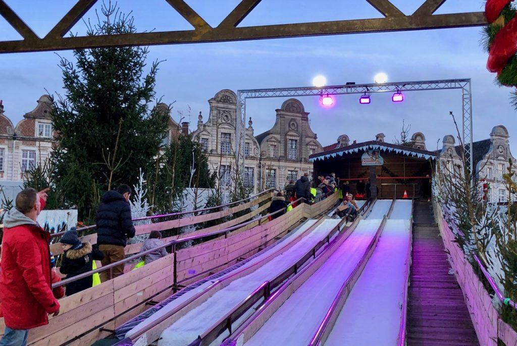 Arras-marche-de-Noel-piste-luge