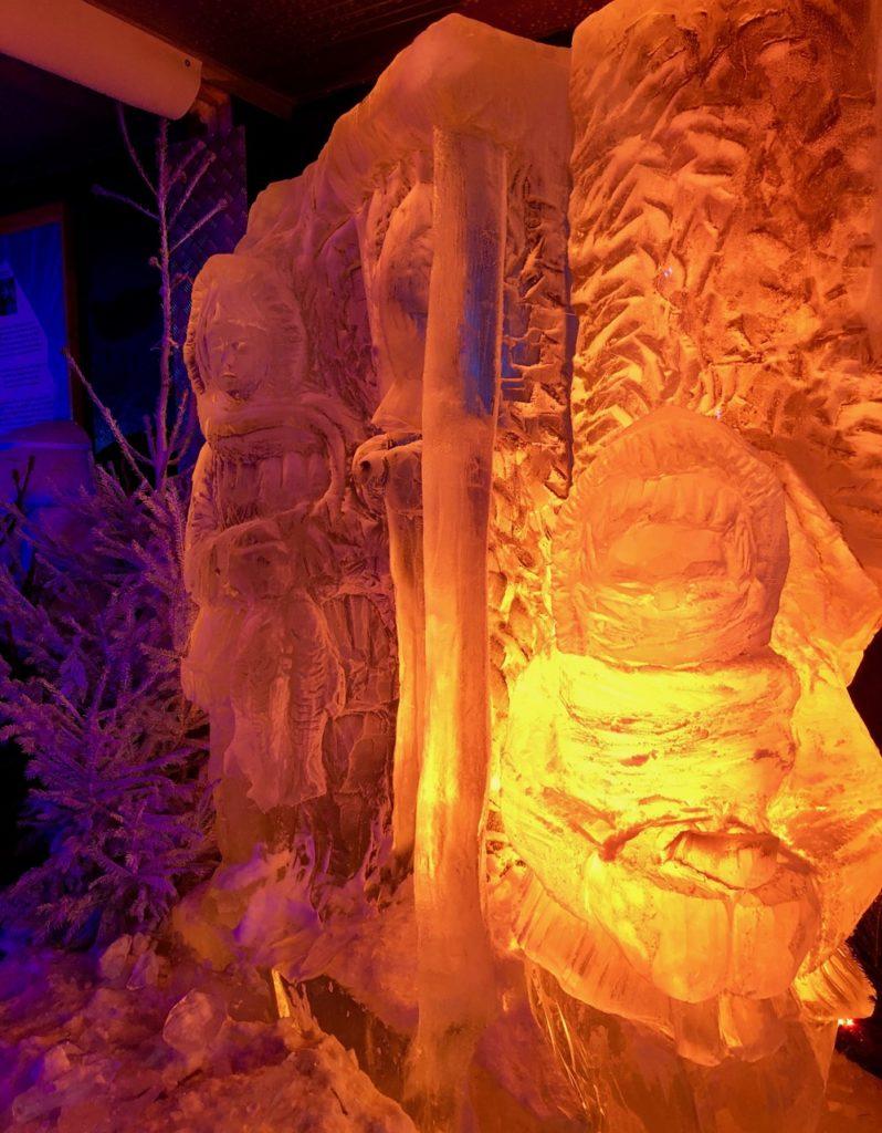 Arras-marche-de-Noel-sculpture-glace-orange