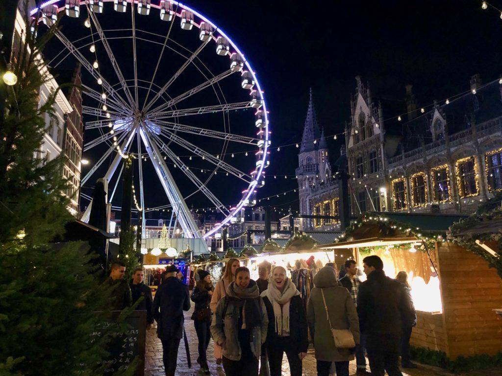 Gand-Marche-de-Noel-ambiance-nuit