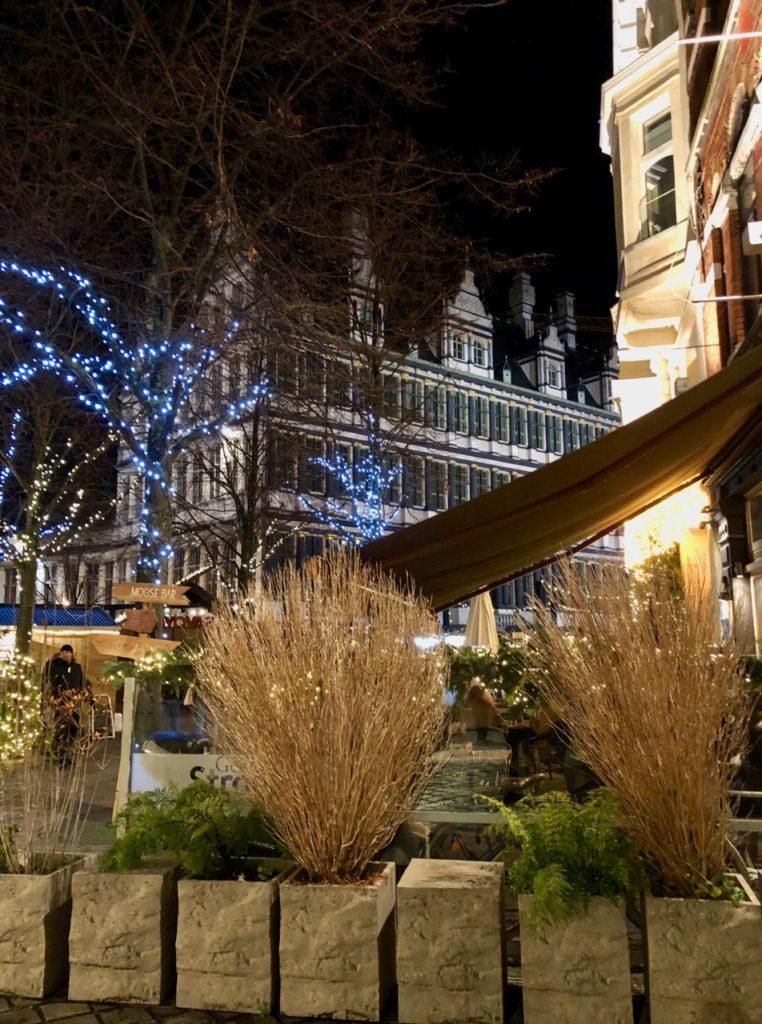 Gand-Marche-de-Noel-nuit