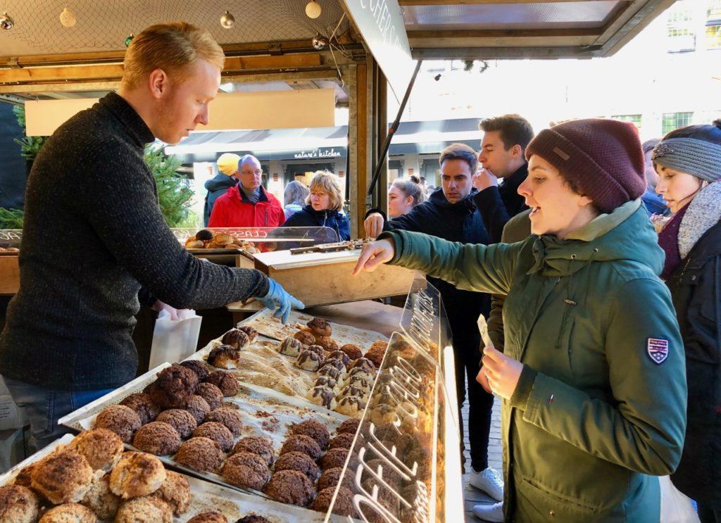 Gand-Marche-de-Noel-rochers-chocolat