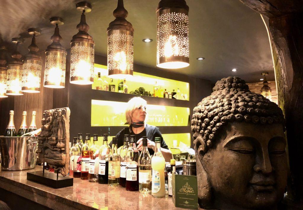 Mouscron-Dar-El-Siam-bar-et-tete-Bouddha