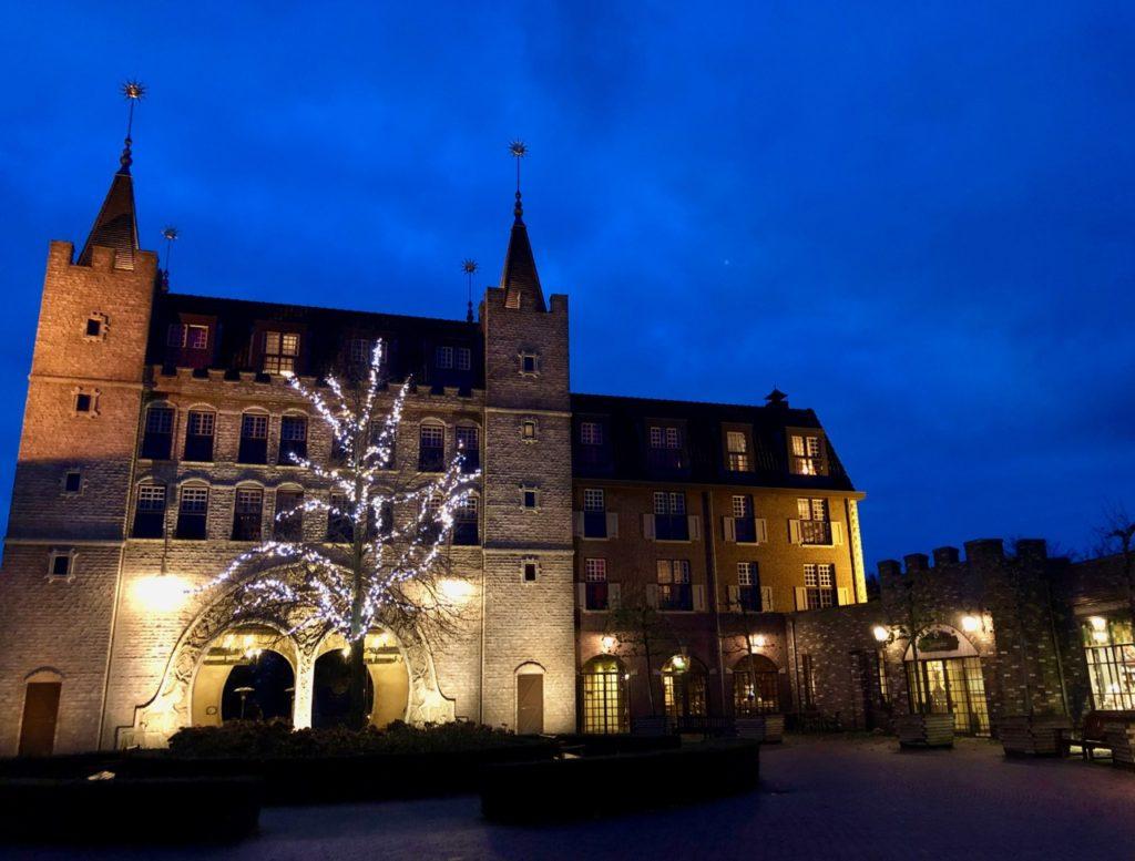 Village-Efteling-Bosrijk-entree-reception-soir