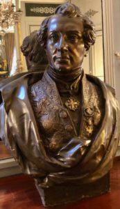 Saint-Omer-Palais-de-la-Cathedrale-buste